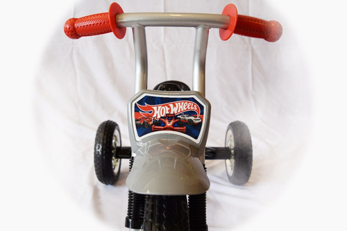 triciclo hotwheels niño