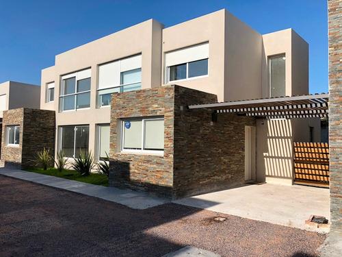 tu próxima casa: 3d, 2b, parrillero y cochera!