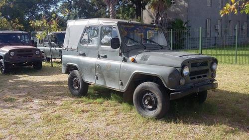 uaz jeep repuesto usado en buen estado