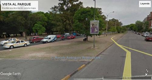 único terreno frente al parque con 27 mts de frente