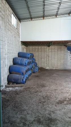 valdense : casa , galpon para industria  y deposito,