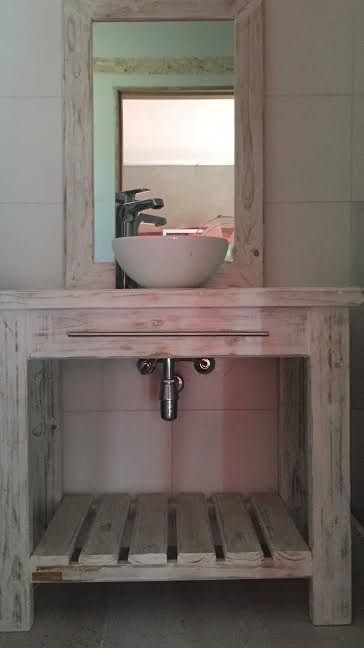 Vanitory mueble para bacha de ba o madera maciza 5 for Muebles madera maciza uruguay