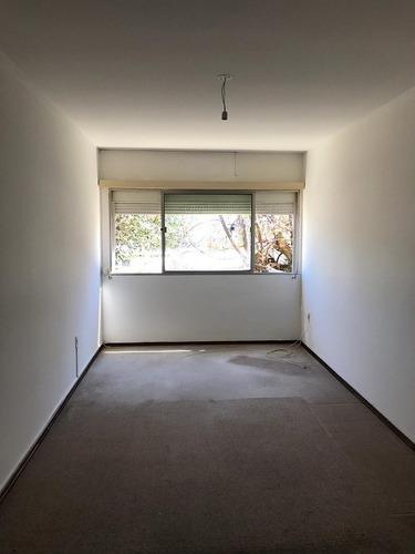 vendo apartamento de 1 dormitorio en malvin!