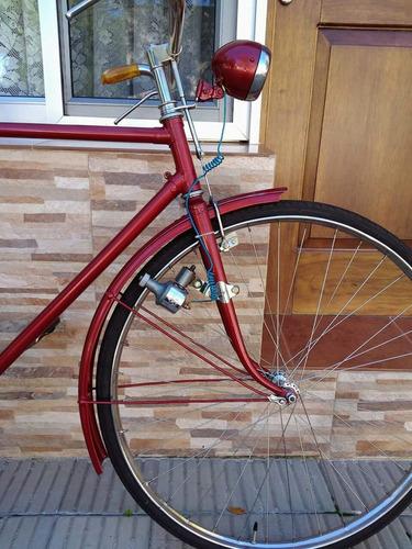 vendo bicicleta antigua total mente restaurada tiene libreta