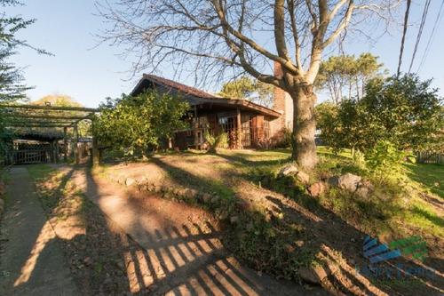 vendo casa 3 dormitorios en pinares, punta del este. - ref: 2167
