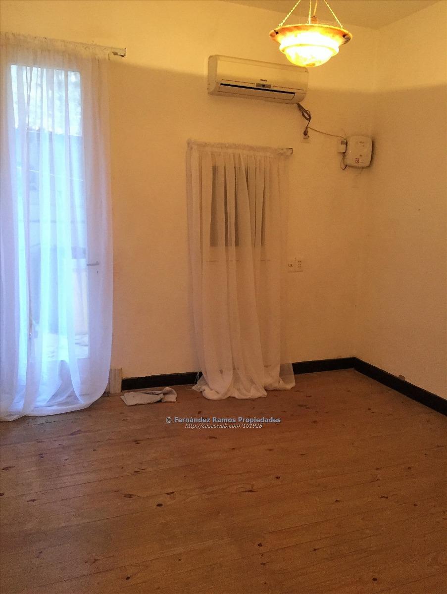 vendo casa de 3 dormitorios
