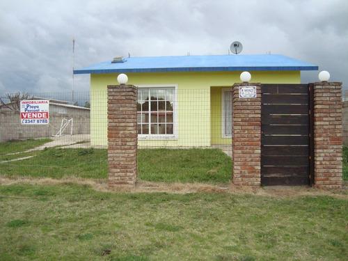 vendo casa en playa pascual a metros de ruta 1 nueva