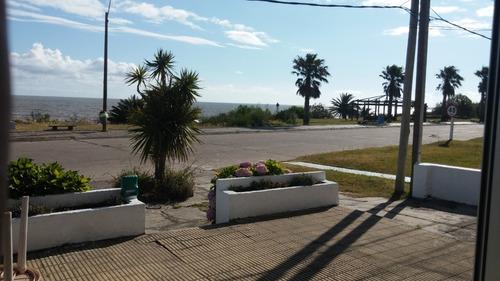 vendo casa frente al mar.