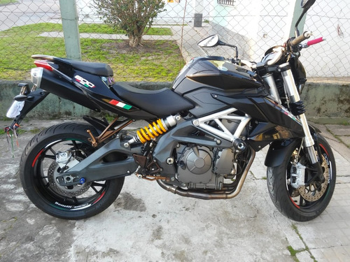 vendo impecable moto benelli 600 bn año 2014!