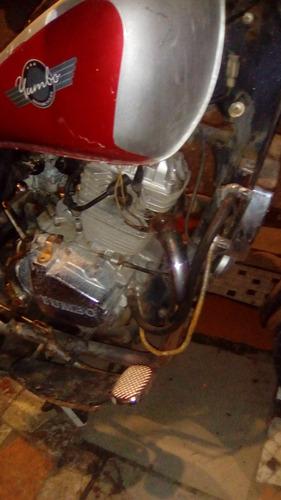 vendo moto yumbo y tapa de cilindros de vw 1.6,