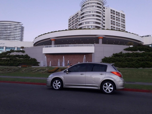 vendo nissan tiida hatch 2010 full