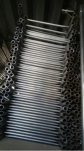 vendo o alquilo andamios tuboláres en acero inoxidables.