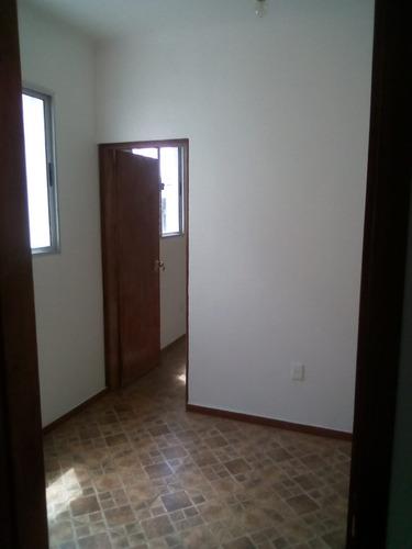vendo o alquilo en ponce y rivera, 2 dormitorios