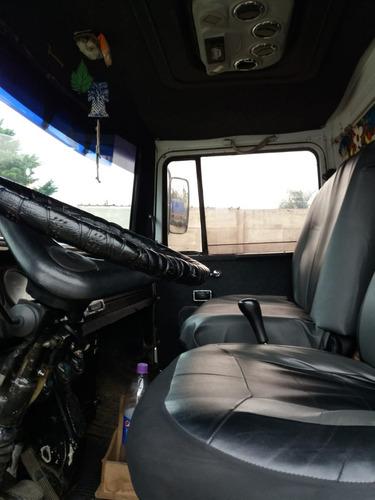 vendo permuto camion mercedez benz c volcadora t/profecional