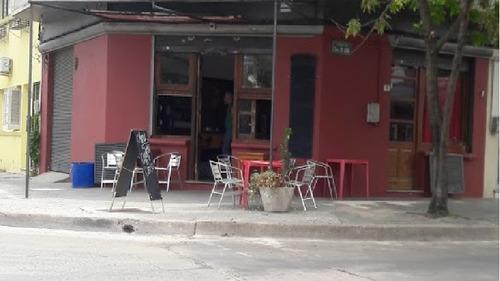 vendo/ permuto llave de local  bar y minutas buena clientela