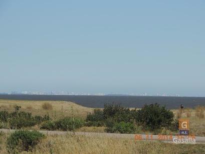 vendo terreno frente al mar en punta negra