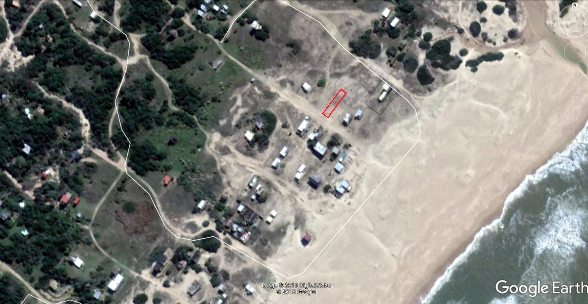 vendo terrenos 300mts2 punta rubia -rocha- frente al oceano