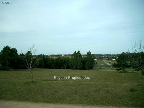 venta amplio terreno en barrio privado