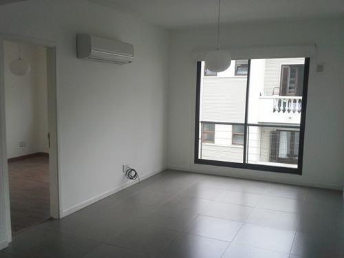 venta apartamento 1 dormitorio ciudad vieja,  sarandí suites