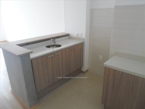 venta apartamento 1 dormitorio con garaje y box!