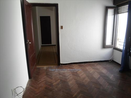 venta apartamento 1 dormitorio, con tza de uso exclusivo
