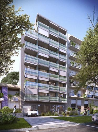 venta apartamento 1 dormitorio, ley 18795,  a solo metros de la terminal de tres cruces, sobre la calle br. artigas, montevideo.