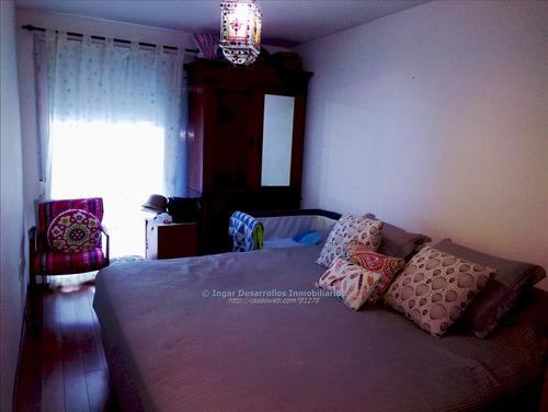 venta apartamento 2 dormitorios, gran patio. garaje!