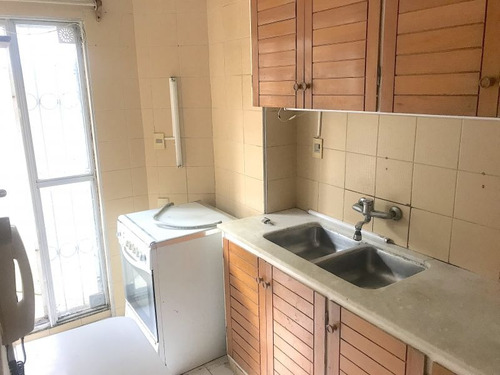 venta apartamento 2 dormitorios pocitos patio porteria