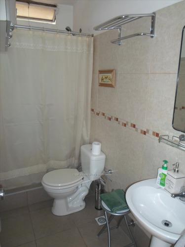 venta apartamento 3 dormitorios en buceo, baño a nuevo!
