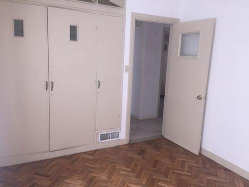 venta apartamento - mercedes y rio branco