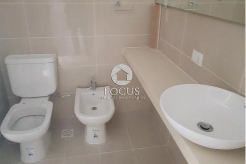 venta apartamento penthouse de 2 dorm, 2 baños, 3 terrazas y parrillero