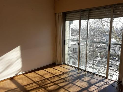 venta apartamento tres cruces 2 dormitorios 1 baño