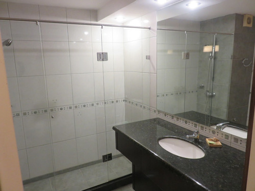 venta apartamentos pocitos 3 dormitorios y serv y garage