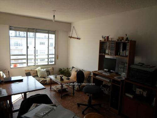 venta apto 1 dormitorio piso alto, al frente!