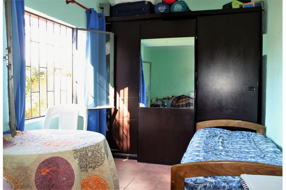 venta casa 2 dormitorios solymar  sur con cochera