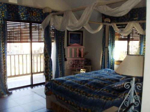 venta casa 7 dormitorios , 5 baños , dormitorio y baño servicio - ref: 584