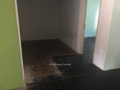 venta casa capurro ph de bajos 2 dorm. para reciclar