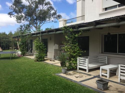 venta casa con gran jardin