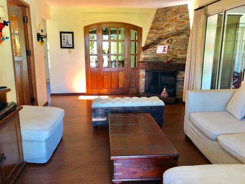 venta! casa en la tahona 3 dormitorios. jardín con piscina.