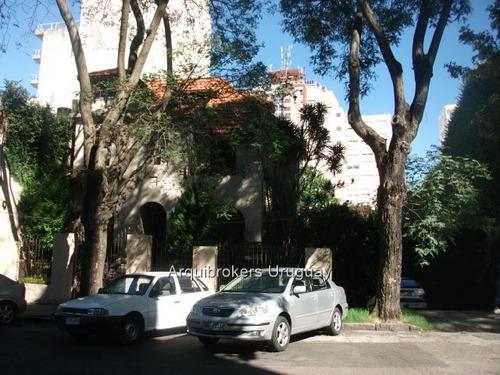 venta casa pocitos 5 dormitorios ,destacada propiedad