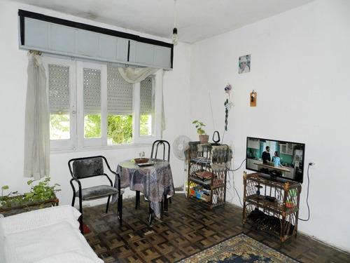 venta casa sayago, 2 dorm. patio, jardín,posibilidad cochera