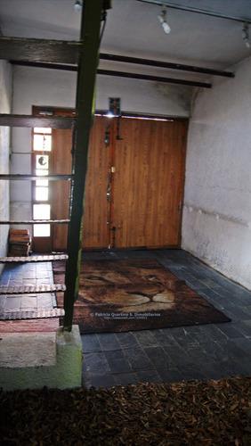 venta casa sobre batlle y ordoñez con barbacoa y garaje