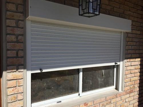 venta colocación reparación de cortinas de enrollar en pvc