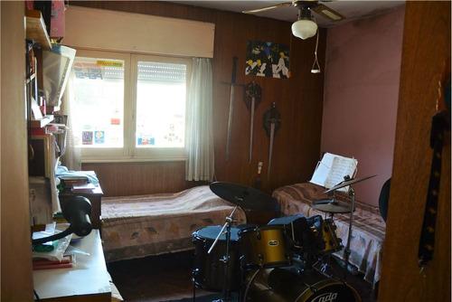 venta de amplia casa 2 dorm. la blanqueada