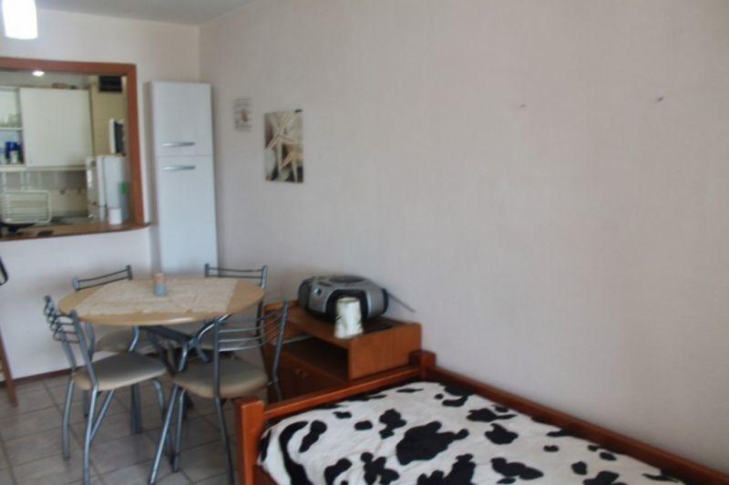 venta de apartamento monoambiente en aidy grill