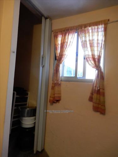 venta de casa en buceo 2 dormitorios y escritorio