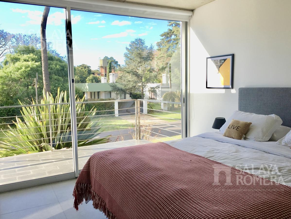 venta departamento en punta del este, mansa,  2 dormitorios, suite, cerca el mar