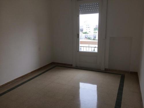 venta edificio pocitos - 18 aptos + 2 casas