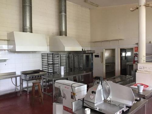 venta local industrial carrasco, zona estratégica !!!