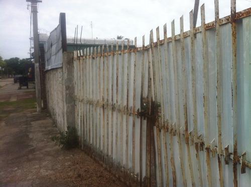 venta terreno con galpón liviano mas construcción hipodromo